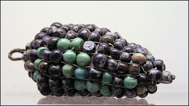 20120216-Egyptian_glass_and_bronze_grapes.jpg