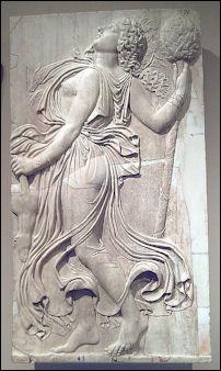 20120219-Menade_relieve_romano_(Museo_del_Prado)_02.jpg