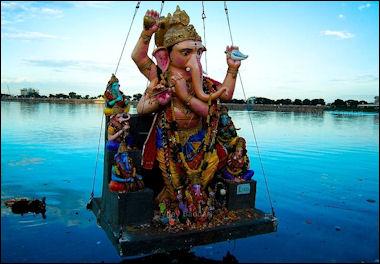 20120501-Ganesh_mimarjanam.jpg