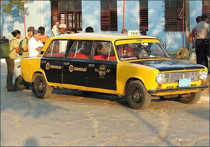 20120514-Lada_cuban_taxi_4201.jpg