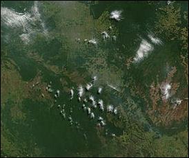 20120515-Satellite_image_of_Bolivia_in_June_2002.jpg